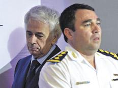 El gobernador De la Sota junto al jefe de la policía provincial, Julio César Suárez.