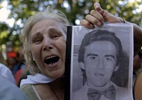 Josefa Pussek, madre de Juan Carlos Galván, aún reclama justicia por las desapariciones y asesinatos de cientos de personas en Argentina Foto Ap