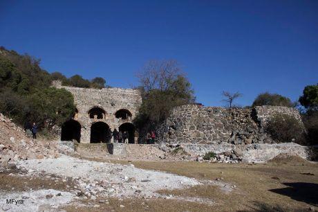 Los hornos de La Ochoa, en los predios de La Perla, por Mechi Ferreyra.