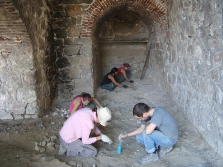 Más restos óseos humanos en La Perla