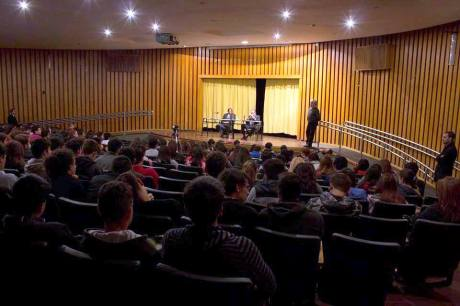 conferencia-jaime-diaz-gavier-y-hugo-vaca-narvaja-en-el-manuel-belgrano-foto-mechi-ferreyra